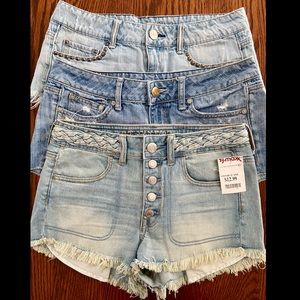 3 pairs of American eagle outfitter shorts